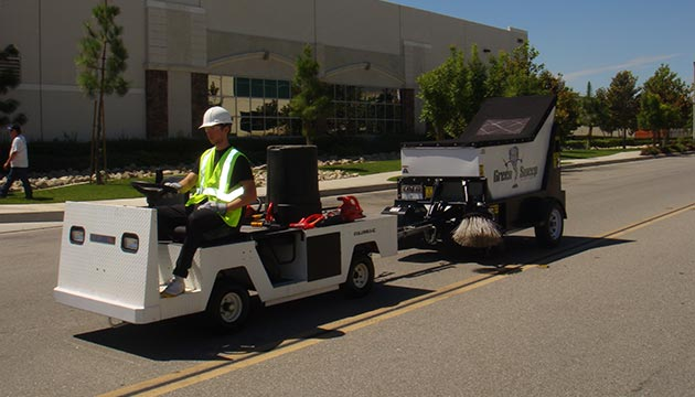 Towable Street Sweeper Parking Lot Sweeper Green Sweep